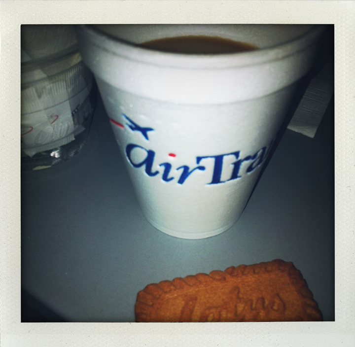 coffee-cookie-airtran